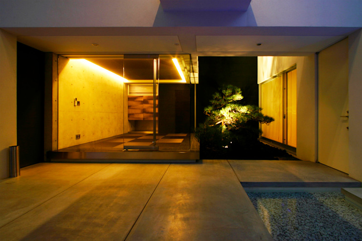 Vase モダンデザインの 多目的室 の エスプレックス ESPREX モダン