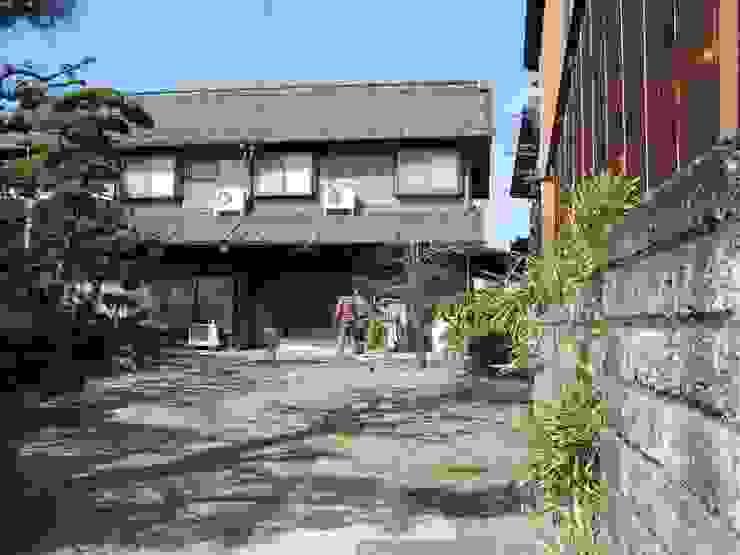 蚊帳のれんを潜る家/before の 山田高志建築設計事務所