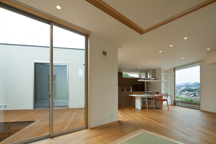 客廳 by J.HOUSE ARCHITECT AND ASSOCIATES