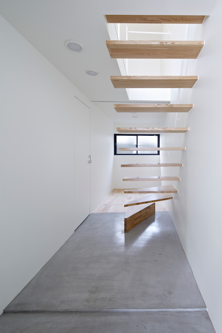 Park House another APARTMENT LTD. / アナザーアパートメント Eclectic style corridor, hallway & stairs