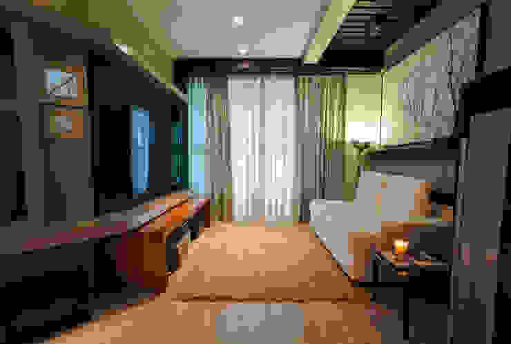 Apartamento Cobertura Duplex Salas de estar modernas por Luine Ardigó Arquitetura Moderno