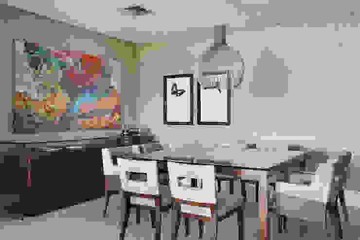 Apartamento Cond. Golden Green Salas de jantar modernas por Cadore Arquitetura Moderno