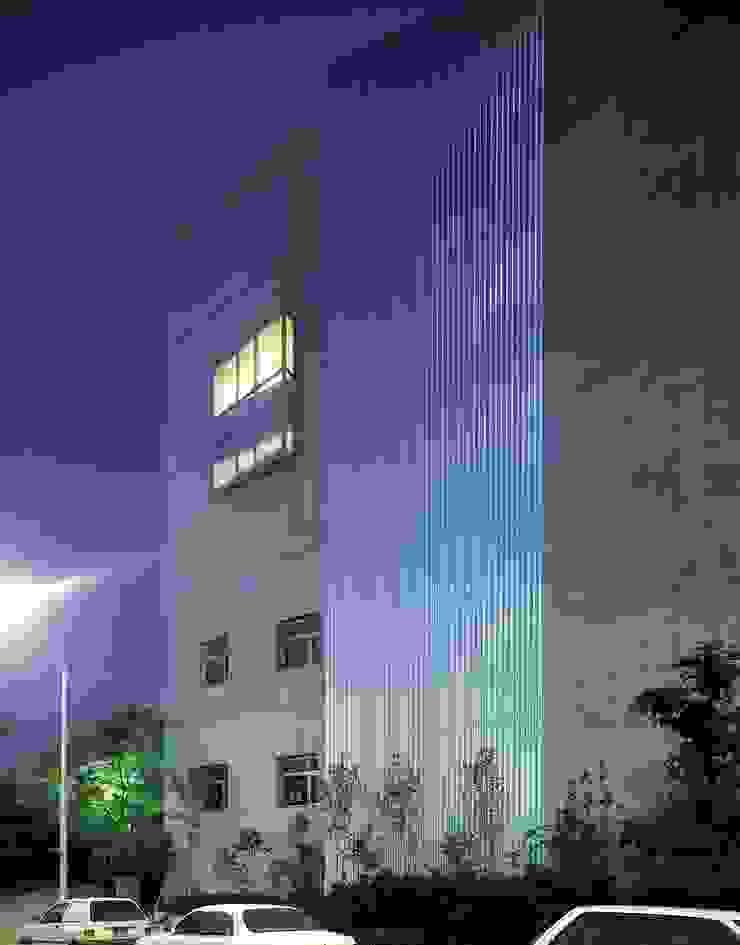 가나안교회 모던 스타일 컨퍼런스 센터 by HANMEI - LEECHUNGKEE 모던
