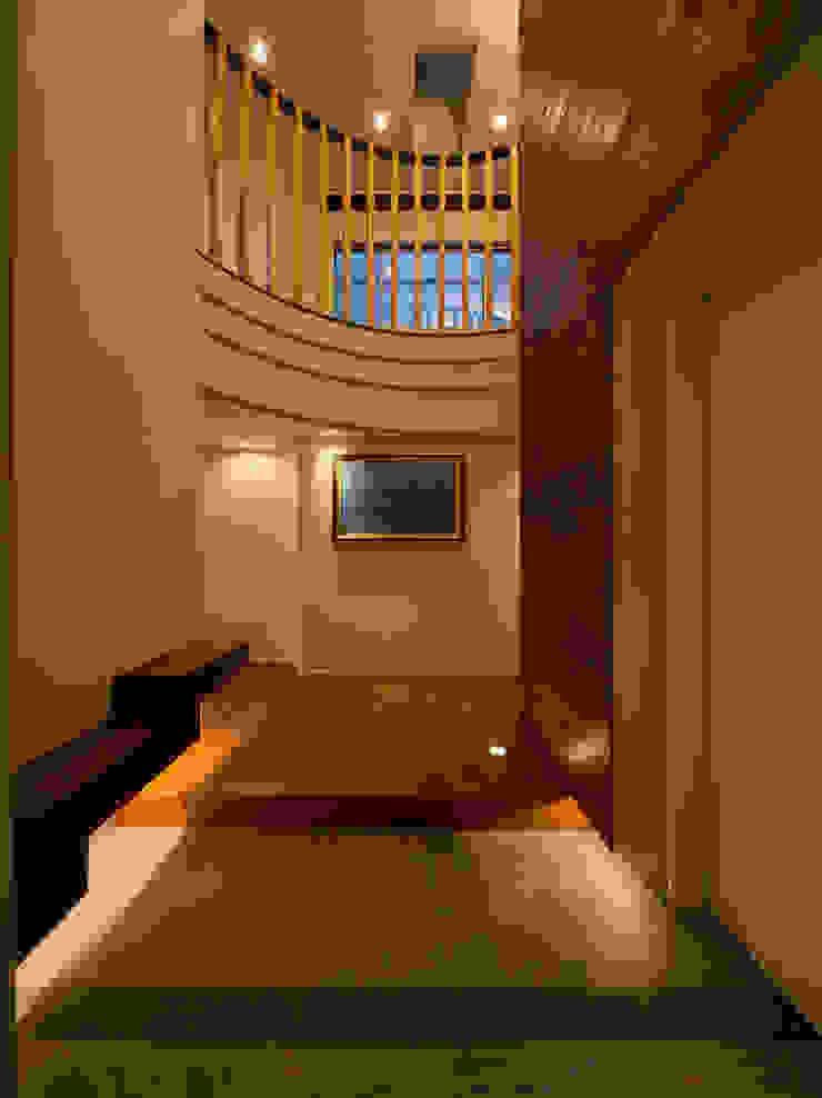K9-house 「木と光の家」 モダンな 家 の Architect Show Co.,Ltd モダン