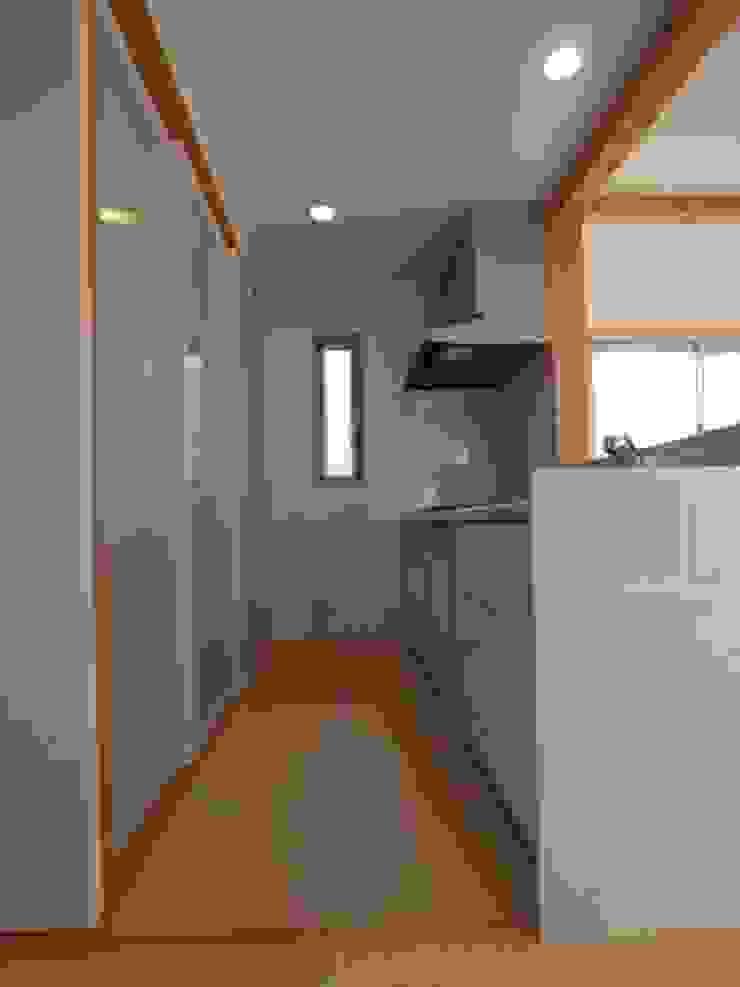 南鎌ヶ谷の家 モダンな キッチン の 麻生英之建築設計事務所 モダン