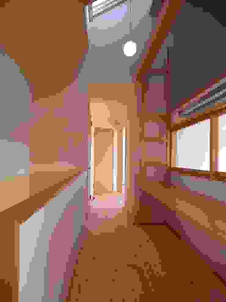 南鎌ヶ谷の家 モダンデザインの 多目的室 の 麻生英之建築設計事務所 モダン
