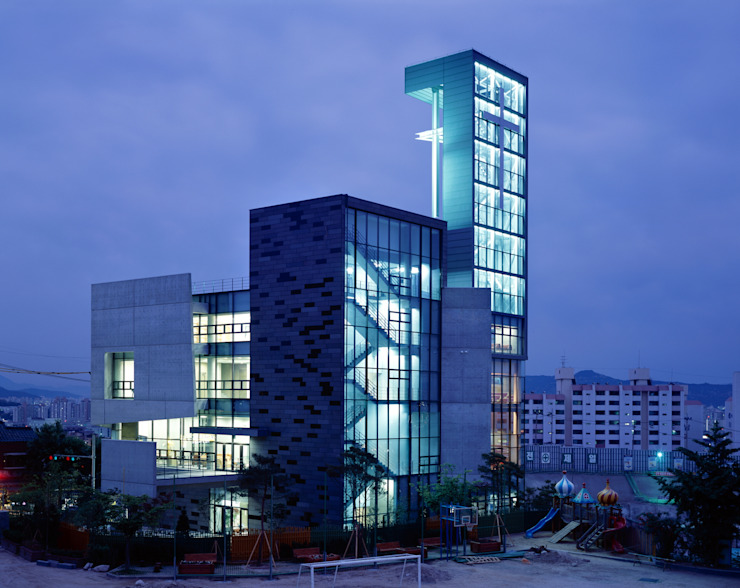 숭인교회: HANMEI - LEECHUNGKEE의  회의실