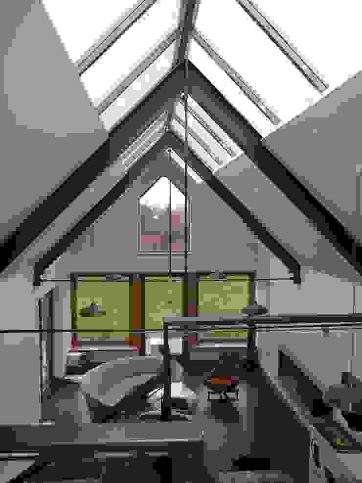 Churchill Heath Farm, First Floor Pasillos, vestíbulos y escaleras de estilo rural de BLA Architects Rural