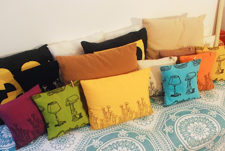 Chouchette – Cushions illustrated exclusively for Chouchette by artists Gabriela Vainsencher and Cristobal Dam : modern tarz , Modern
