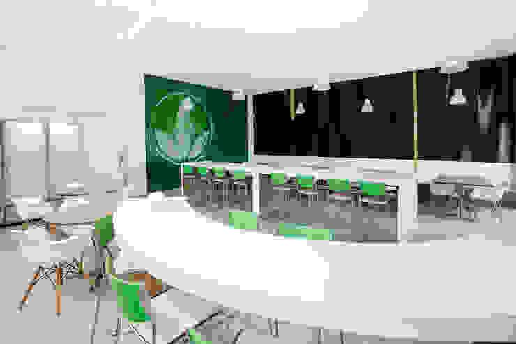 Herbalife Escritórios ecléticos por MW Arquitetura Eclético
