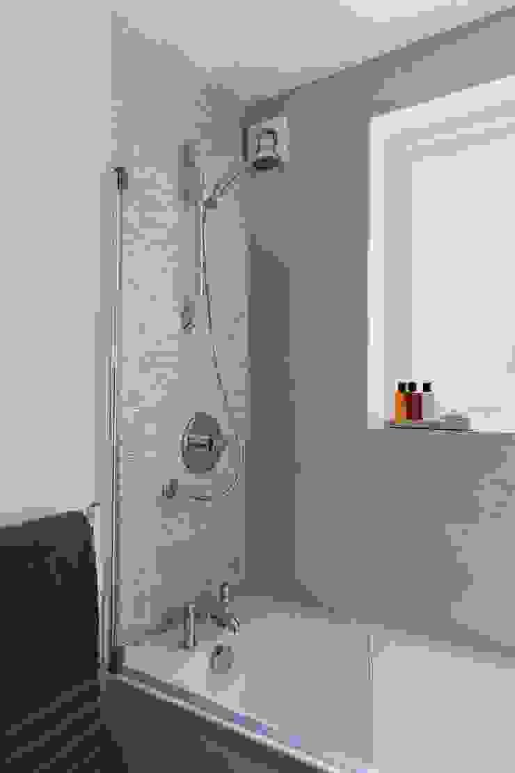 gdp interiors Modern bathroom