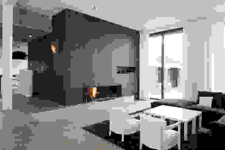Salon Salon moderne par GUILLAUME DA SILVA ARCHITECTURE INTERIEURE Moderne