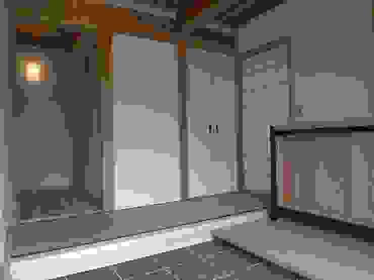 木造伝統工法のF邸: 建築設計事務所 山田屋が手掛けたアジア人です。,和風