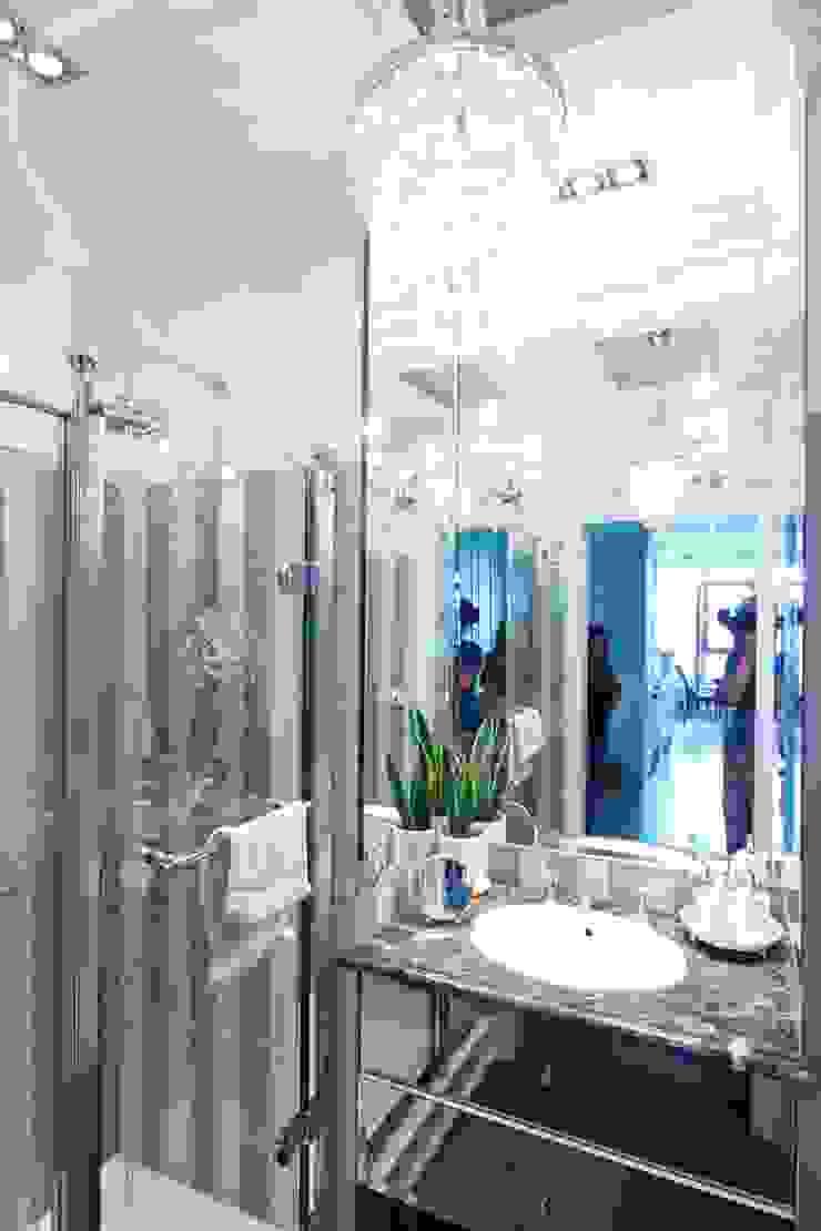 elegancka łazienka devon & devon Klasyczna łazienka od livinghome wnętrza Katarzyna Sybilska Klasyczny