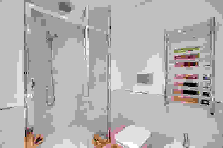 Moderne Badezimmer von MOB ARCHITECTS Modern