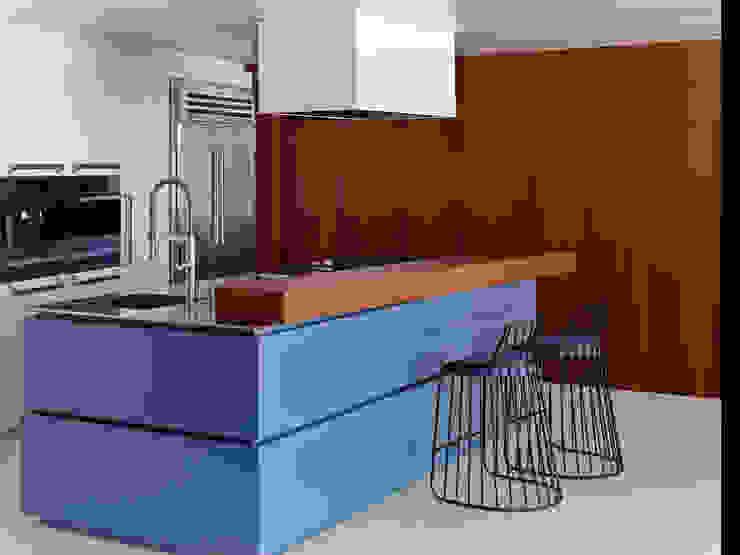 Cocinas de estilo  por Bernd Gruber Kitzbühel,