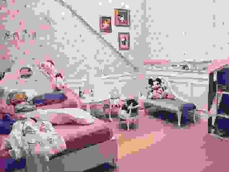 Dom 450 m 2 Dziekanów leśny Klasyczna sypialnia od livinghome wnętrza Katarzyna Sybilska Klasyczny