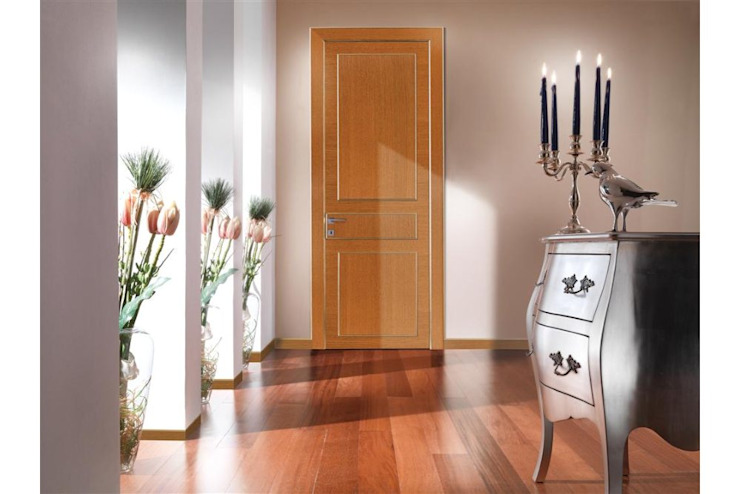 Eclectic wood doors brandy oak TONDIN PORTE SRL con unico socio Modern Windows and Doors
