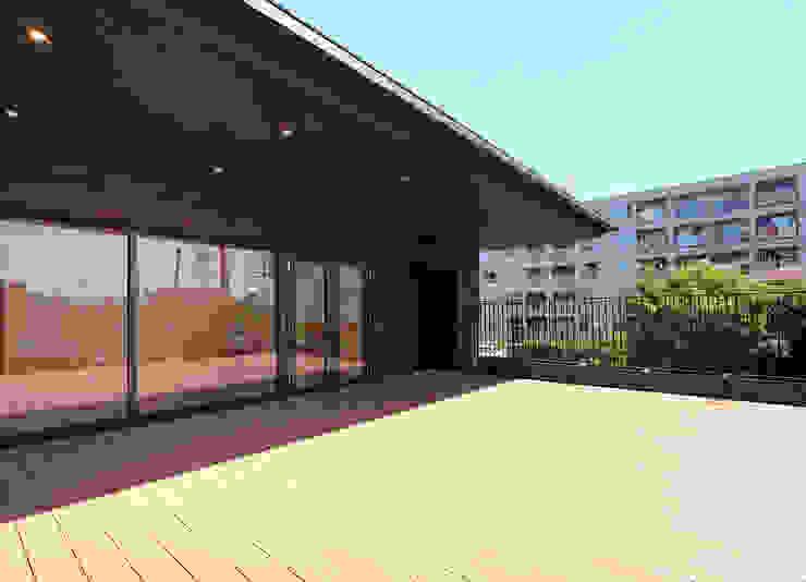 屋上庭園のある保育園(屋上庭園) アジア風学校 の ユニップデザイン株式会社 一級建築士事務所 和風