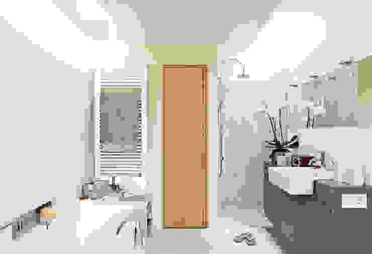Maisons de style  par Thoma Holz GmbH, Moderne