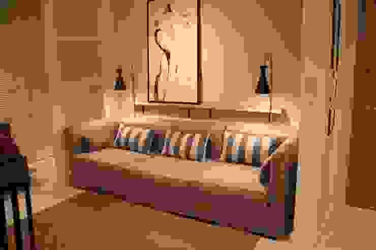 Comfort & Style Interiors SoggiornoDivani & Poltrone