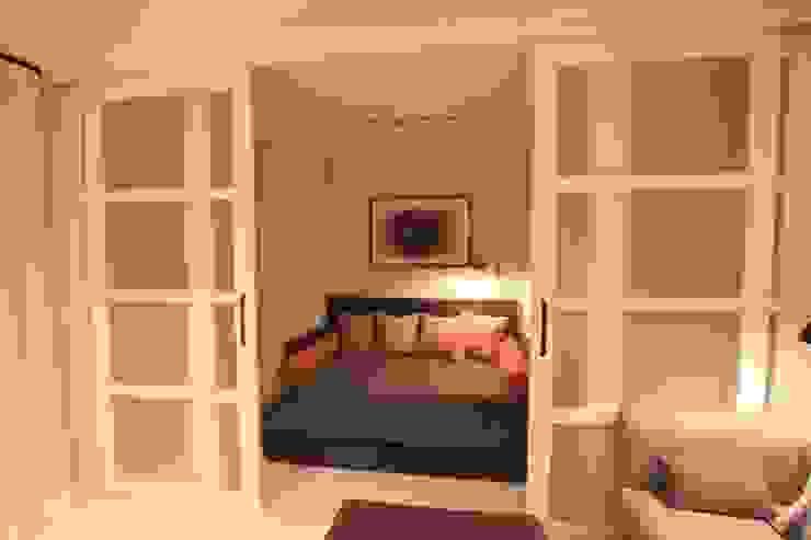 Comfort & Style Interiors Camera da letto in stile scandinavo