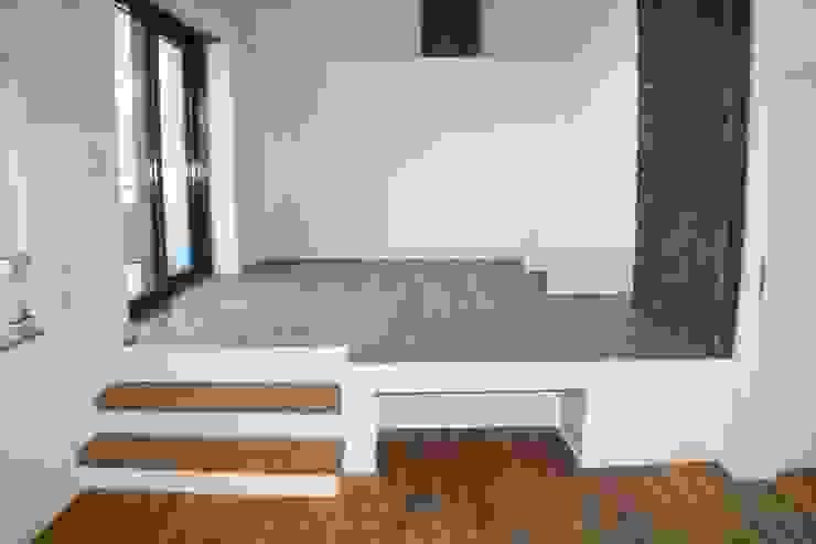 Podest Wohnzimmer Moderne Wohnzimmer von z-plus-architektur Modern