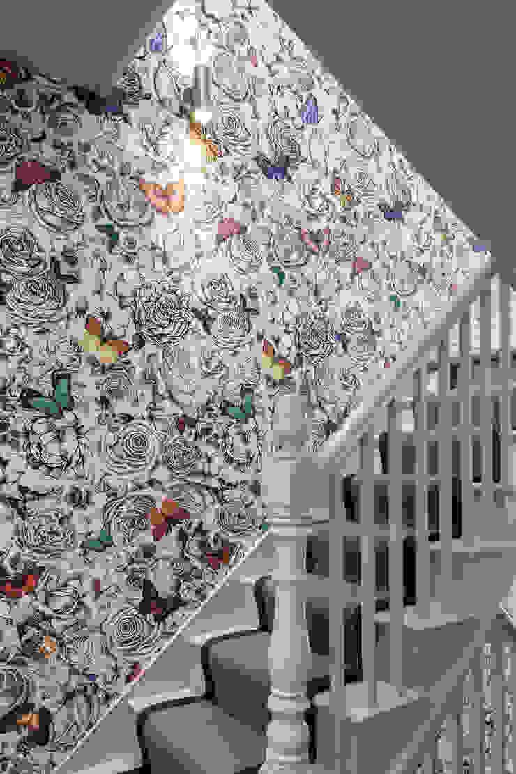 Friern Road, London Red Squirrel Architects Ltd Modern corridor, hallway & stairs