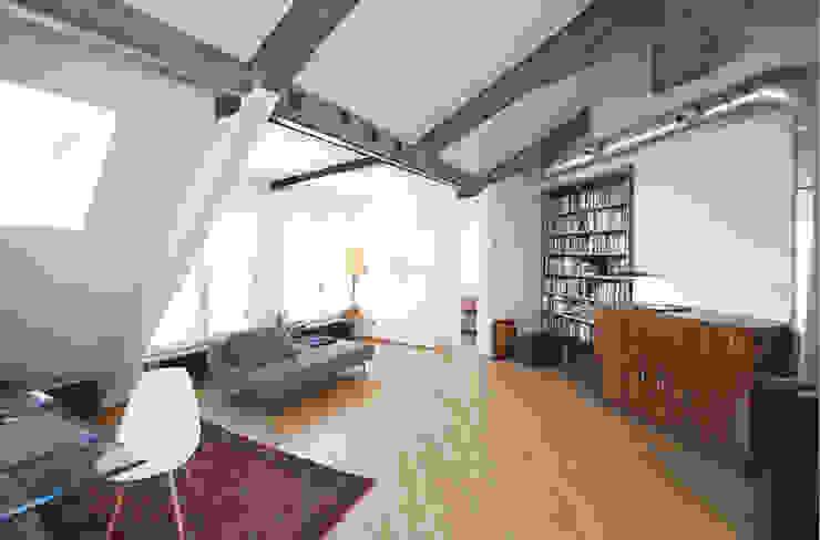 visconti di modrone Soggiorno moderno di andrea borri architetti Moderno