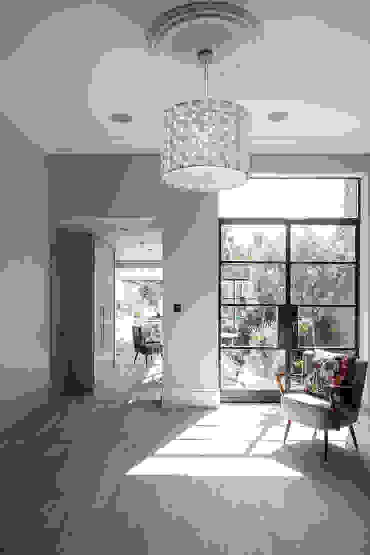 Friern Road, London Red Squirrel Architects Ltd Modern living room