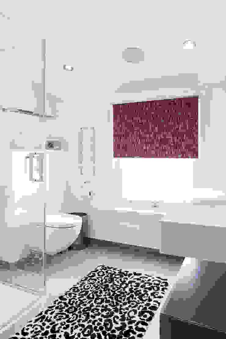 Friern Road, London Red Squirrel Architects Ltd Modern bathroom