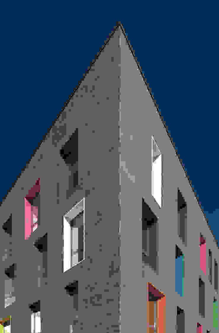 edificio polifunzionale sant'agostino _ paderno dugnano Complesso d'uffici moderni di andrea borri architetti Moderno