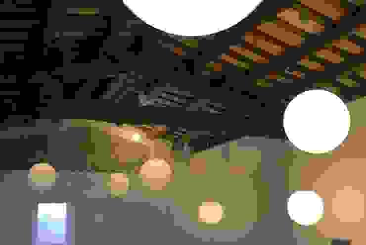 CASA RURAL EN GURB VIC (BARCELONA) Spa de estilo rústico de KITS INTERIORISME Rústico