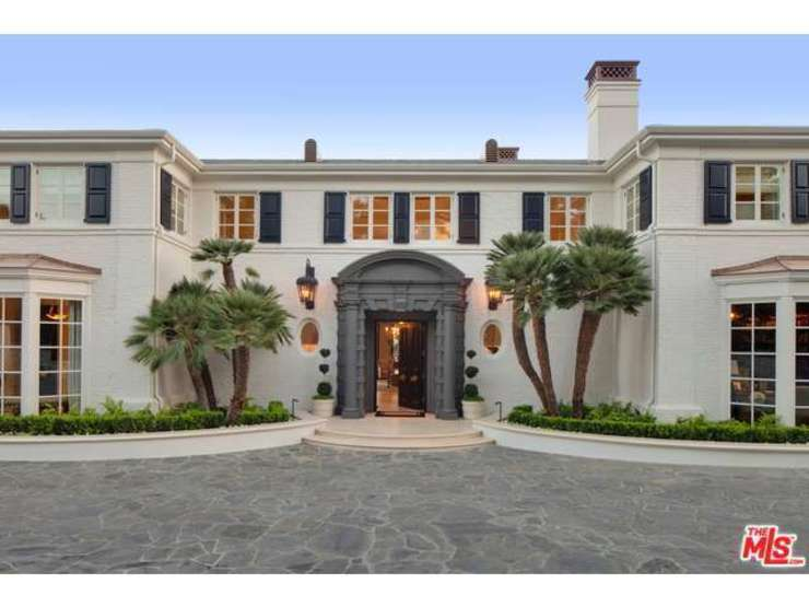 Luxury Homes Huntington Beach by Remeorealty