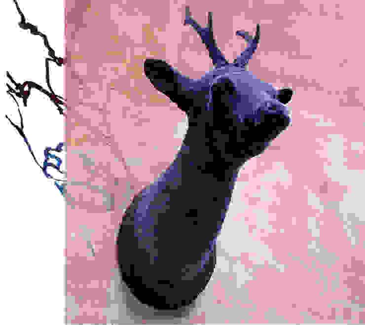 hunting trophies 'Deerest':  Kunst  door Van Dessel en Joosten,