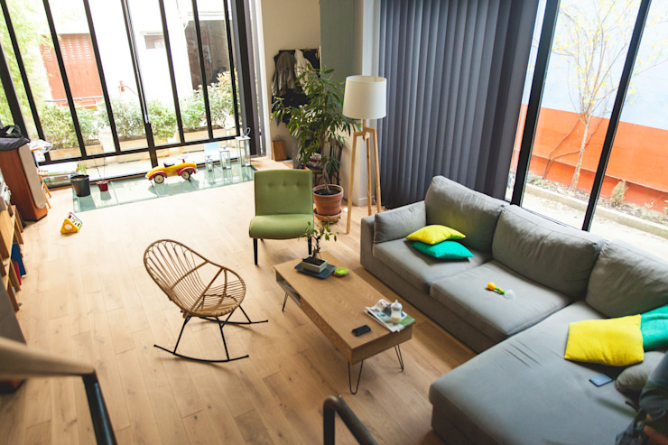 Salones modernos de Lise Compain Moderno