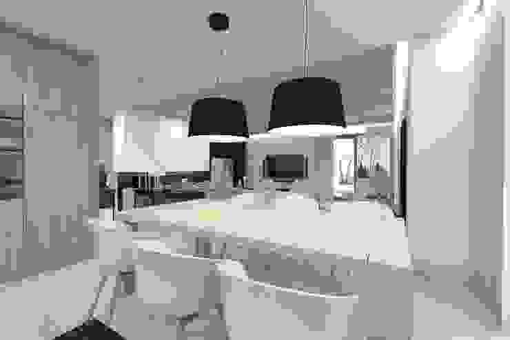 Projekt domu jednorodzinnego 2 (wykonany dla A2.Studio Pracownia Architektury) Nowoczesna jadalnia od BAGUA Pracownia Architektury Wnętrz Nowoczesny