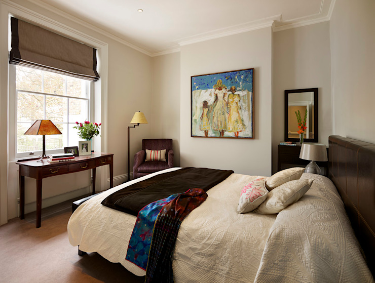 Reflected Glory—Holland Park Renovation Tyler Mandic Ltd Modern style bedroom