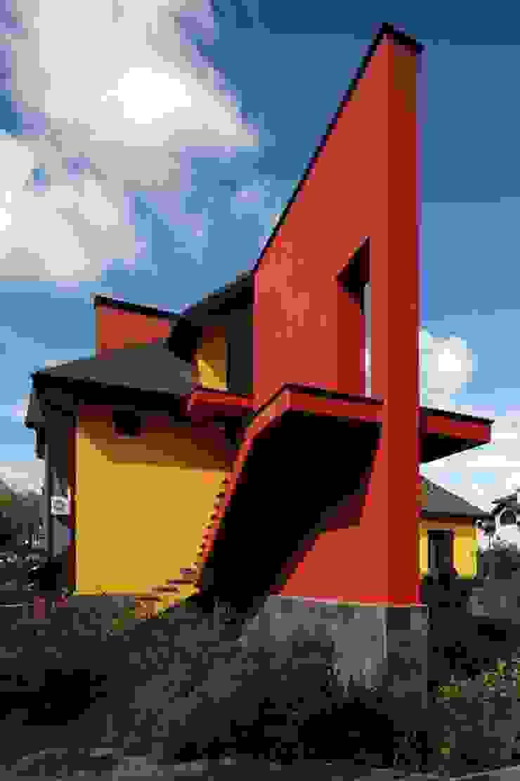 Подмосковный загородный дом для отдыха большой семьи и приема гостей Дома в эклектичном стиле от AlenaPolyakova.com Эклектичный