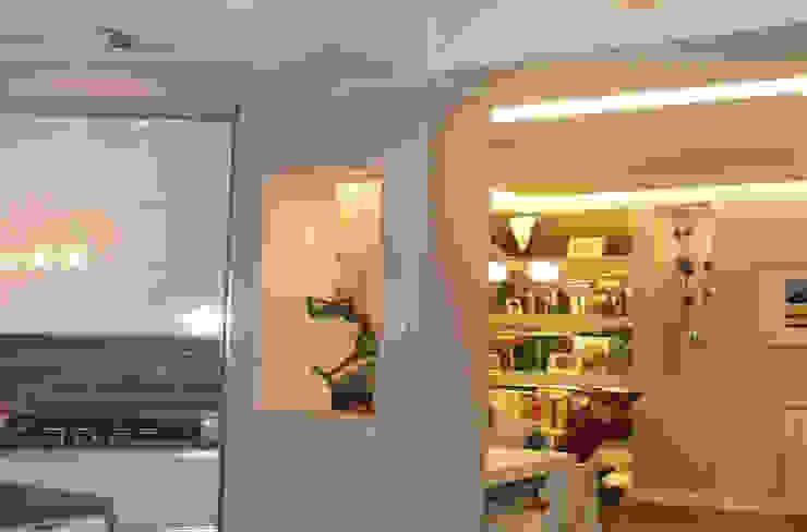 Intervento di Ristrutturazione di un appartamento zona Monteverde, a Roma . Soggiorno moderno di NicArch Moderno