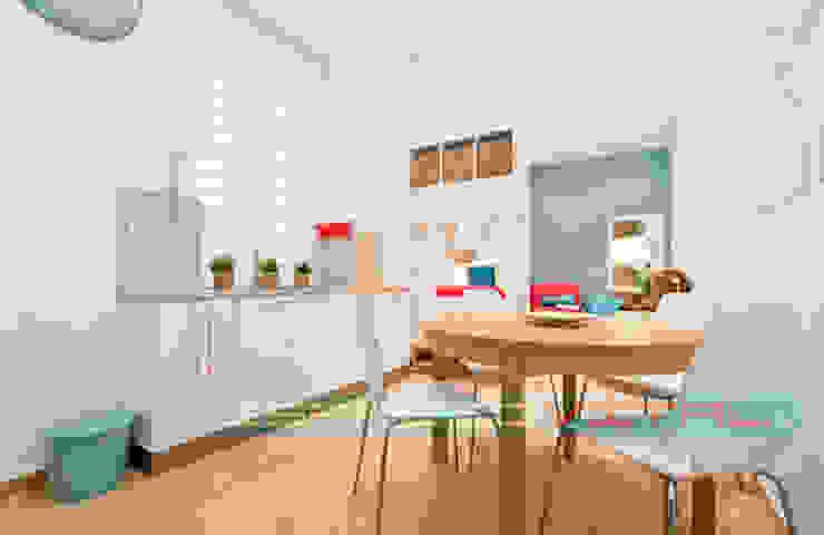 Apartamento SkyLine Javier Zamorano Cruz Cocinas de estilo clásico