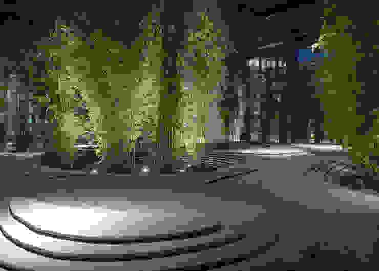 Moda Centri commerciali in stile eclettico di Dotto Francesco consulting Green Eclettico