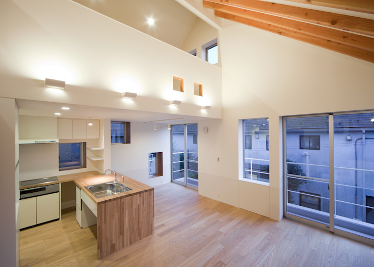 リビングダイニングキッチン モダンデザインの リビング の Unico design一級建築士事務所 モダン