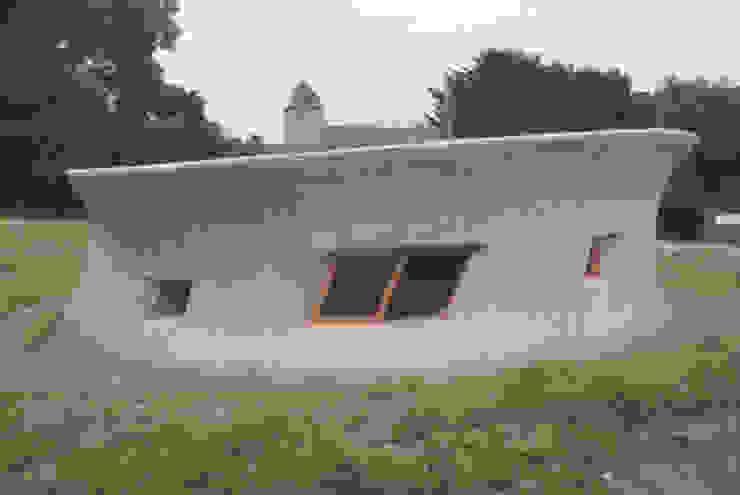 House for stories スロープ オリジナルな 家 の 遠野未来建築事務所 / Tono Mirai architects オリジナル