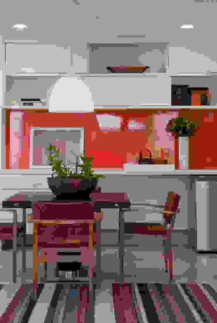 Alto de Pinheiros Salas de jantar modernas por Deborah Roig Moderno