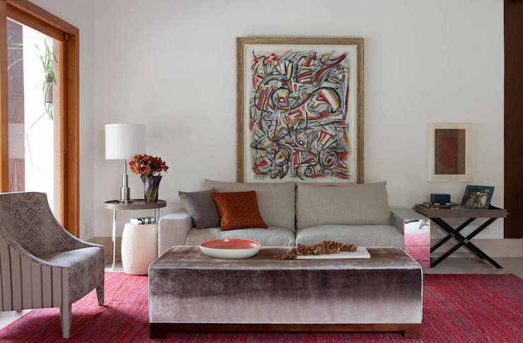 Living room by Deborah Roig, Modern