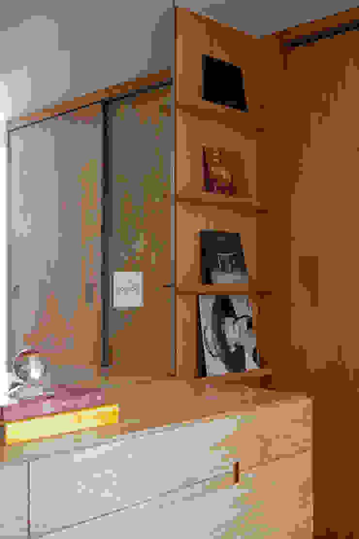 Alto de Pinheiros Escritórios modernos por Deborah Roig Moderno