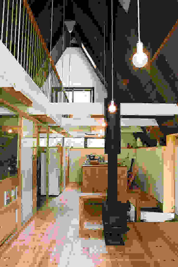 あなたとわたしの家 北欧デザインの リビング の スズケン一級建築士事務所/Suzuken Architectural Design Office 北欧