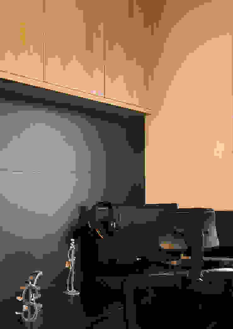 Apartamento Passo D´Areia Escritórios modernos por Bibiana Menegaz - Arquitetura de Atmosfera Moderno