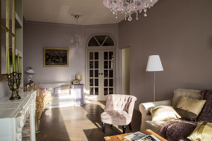 Classic style living room by Galina GSV. Галина Сторожкова Classic
